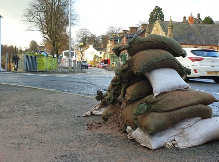 UK flood defences target new funding sources